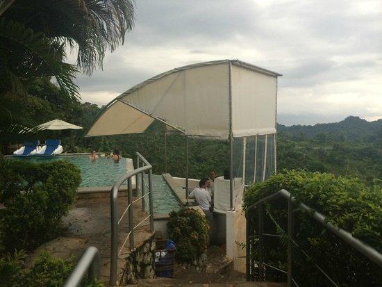 Gaia Hotel & Reserve: pool area