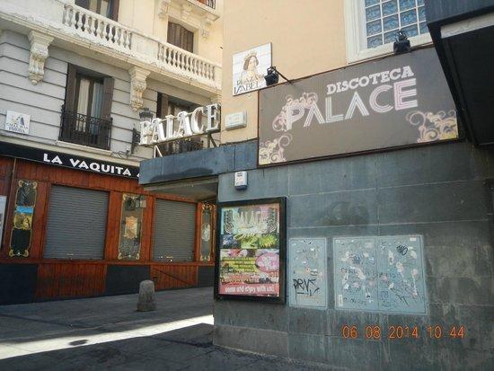 Discoteca palace fotograf a de plaza de isabel ii for Discoteca plaza de los cubos madrid