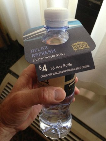 Golden Nugget Hotel: Enjoy your stay –$4 for small bottle of water