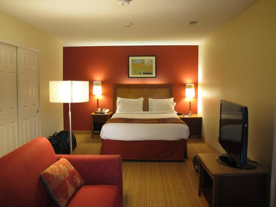 Residence Inn San Francisco Airport/San Mateo: Bed junior suite 13.21