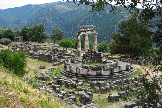 Key Tours : Delphi - Temple of Athena