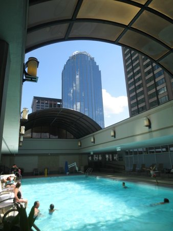 Pool With The Roof Retracted Picture Of Sheraton Boston