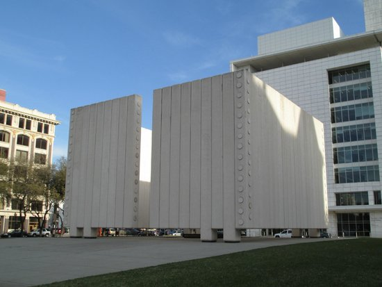 Front view of John F. Kennedy Memorial Plaza