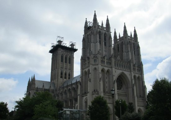 Old Town Trolley Tours of Washington DC : The National Cathedral