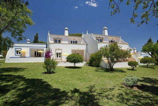 Rocha Brava Village Resort: Standard apartments and villas