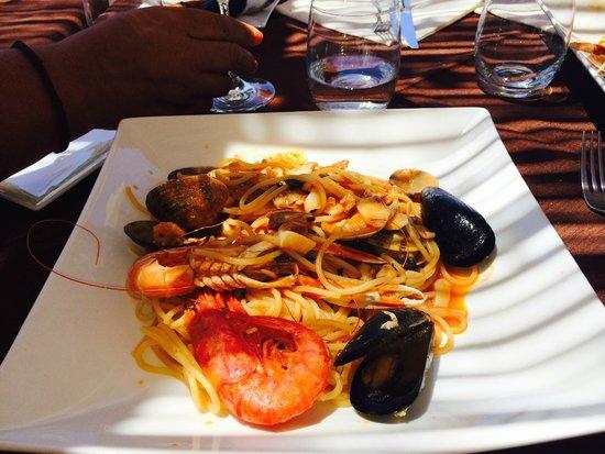 Cala Croce Club - da Mimmo : spaghetti alla marinara con pesce fresco del giorno