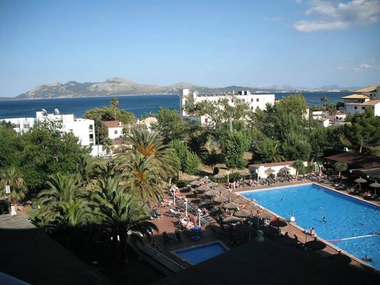 FERGUS Style Pollensa Park SPA: View from our room on the 5th floor