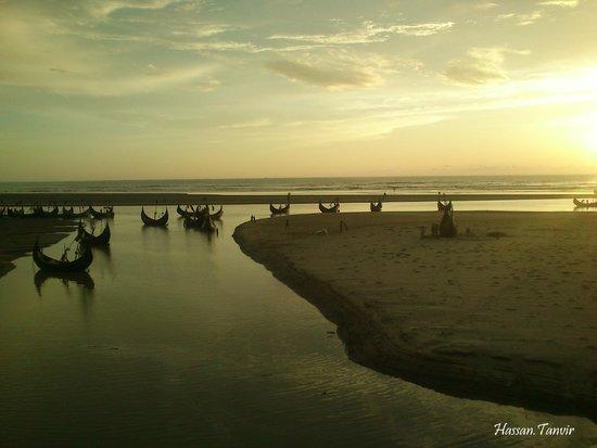 Cox's Bazar Beach: on the way..