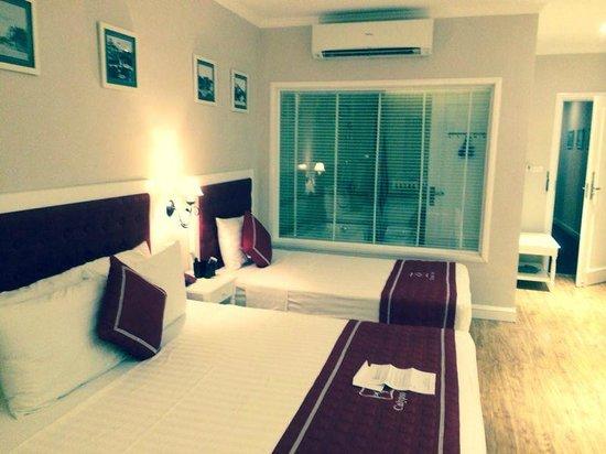 Calypso Grand Hotel: Habitación