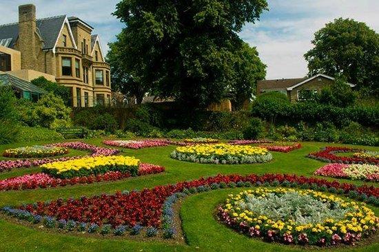 The Botanical Gardens: Gardens
