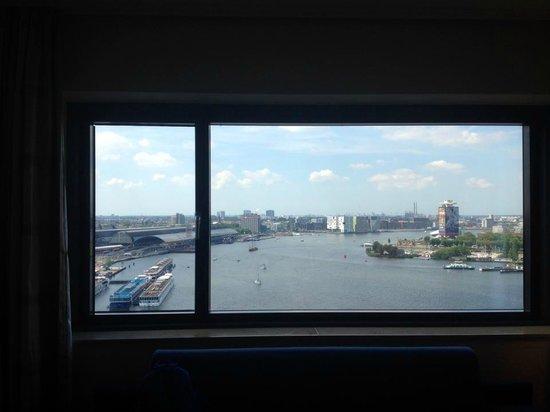 Movenpick Hotel Amsterdam City Center: room view