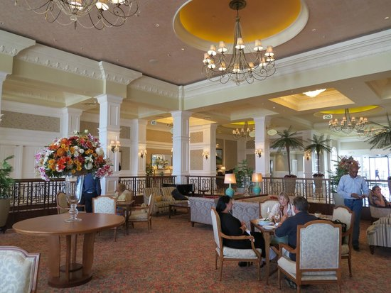 The Boardwalk Hotel: Central tea / meeting area