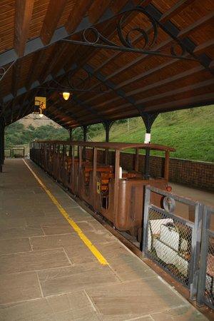 El Soplao: tren de acceso a la cueva