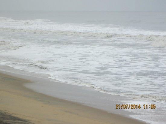 Cherai Beach : The sea in its glory