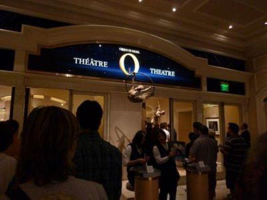 O - Cirque du Soleil: 劇場
