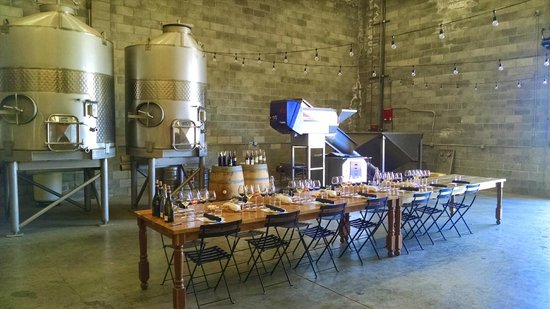Platypus Wine Tours: Tasting at St. Clair Brown Winery