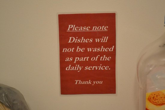 Parnell Inn: sign in kitchen