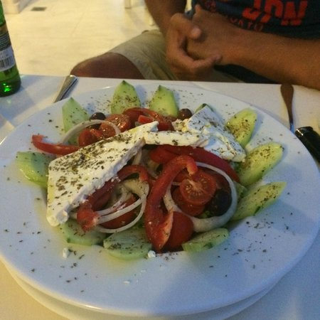 Splendour Resort : The Greek Salad!