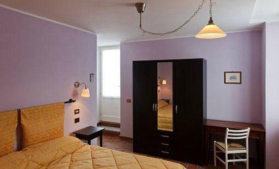 Bed & Breakfast_Locanda Volta_Brunate (CO)_Primavera