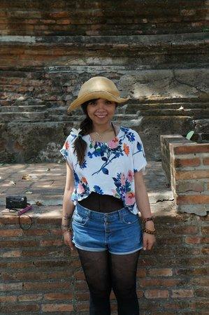 Wat Yai Chai Mang Khon : me