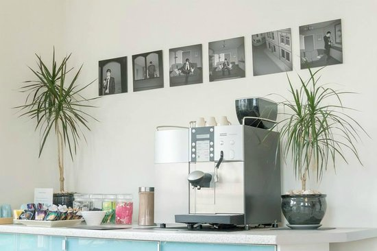 B+B Weymouth: Guest Coffee Machine