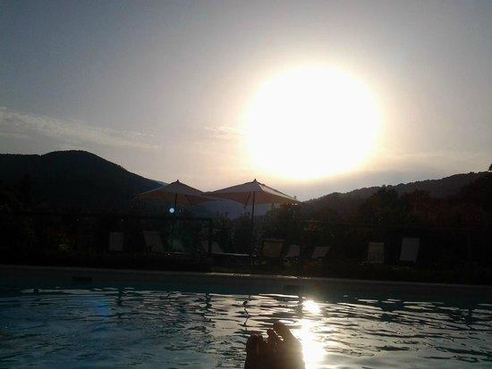 Cerqua Rosara Residence: swimming pool