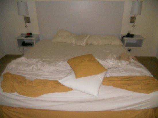 Isla Caribe Beach Hotel: habitacion muy pero linda