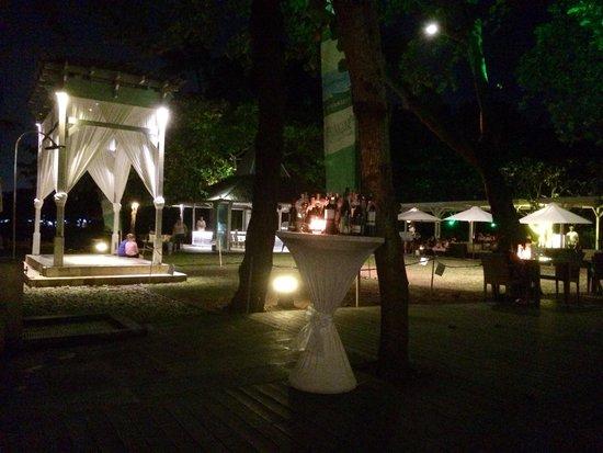 Boardwalk Restaurant & Lounge : Beautiful setting