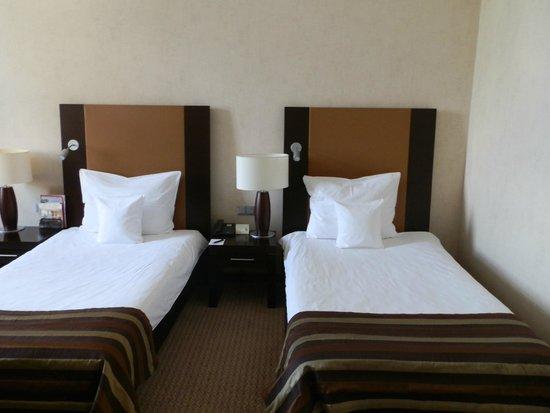 Polonia Palace Hotel: habitacion