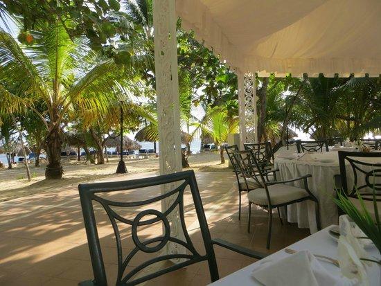 Grand Bahia Principe El Portillo : Desayuno en silencio