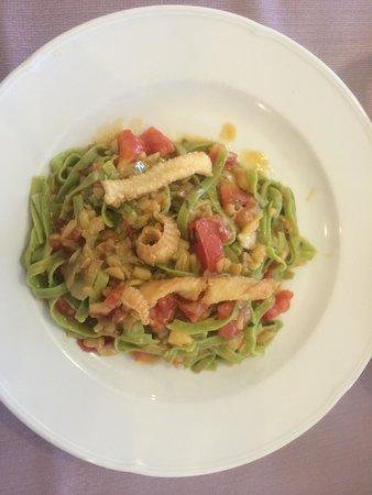 Hotel Clipper: Fettuccine verdi ai filetti di sogliola