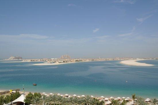 Jumeirah Zabeel Saray : Blick aus unserem Zimmer auf das Hotel Atlantis und Palm Jumeirah