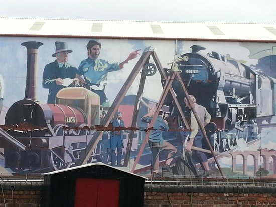 Museum of Science & Industry: The industrial mural