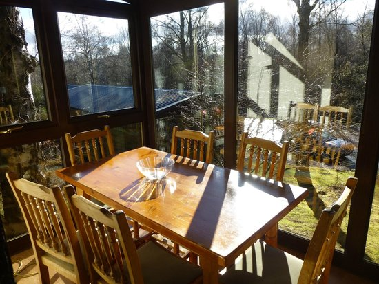 Macdonald Lochanhully Woodland Club: Conservatory/dining area