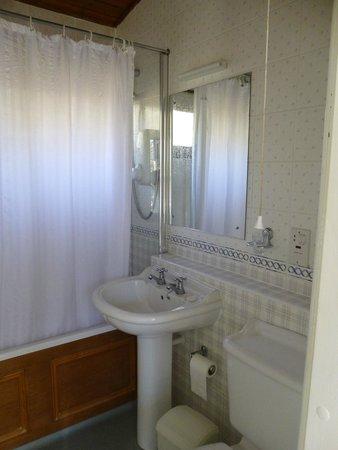 Macdonald Lochanhully Woodland Club: Bathroom