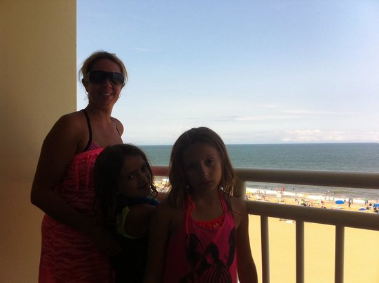Holiday Inn Express Hotel & Suites Virginia Beach Oceanfront: A nice view to wake up to!