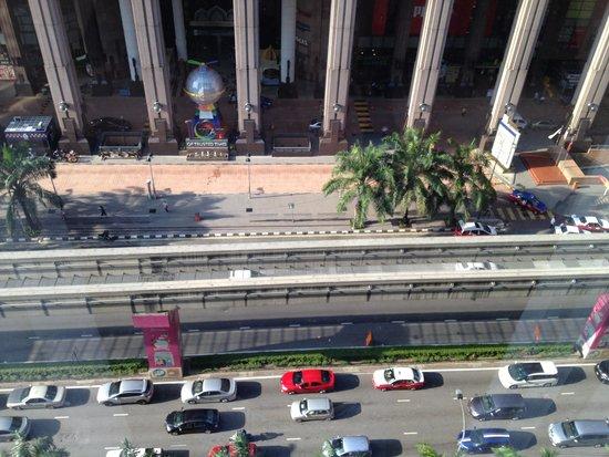 Melia Kuala Lumpur : vista dalla nostra camera al nono piano
