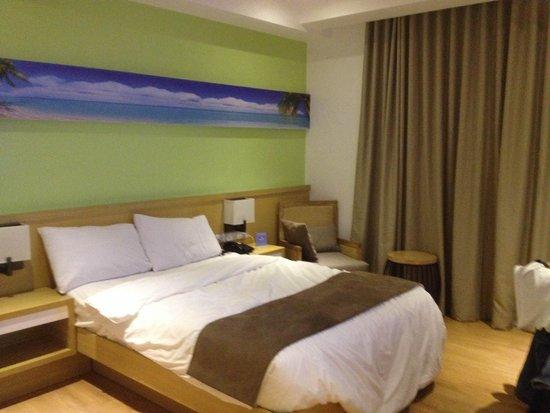 iCove Beach Hotel