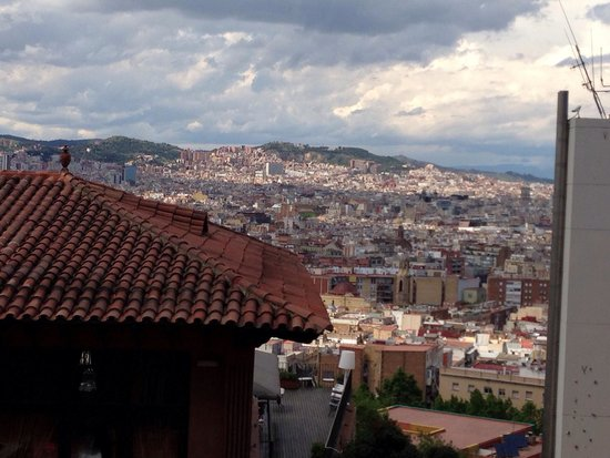 Xalet de Montjuic : View while entering