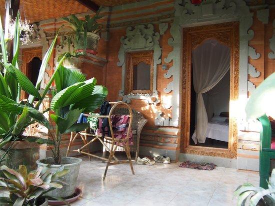 Geria Giri Shanti Bungalows: The rooms