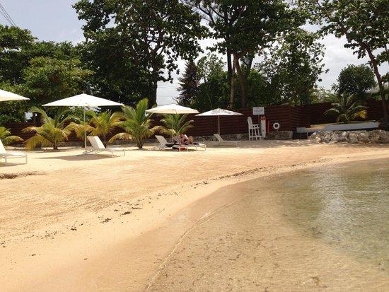 The Trident Hotel : Tridents eigener Strand, ein Paradies für Schnorchler