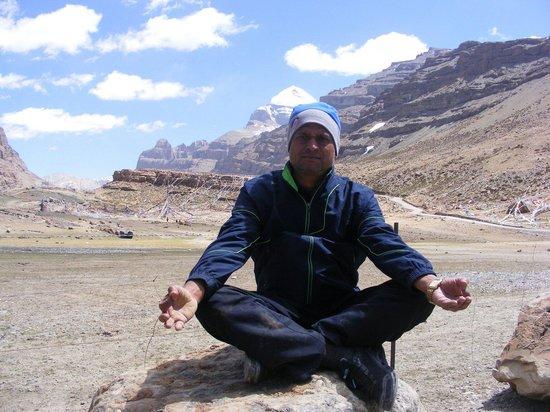 Mount Kailash : Sitting in silence (Yamadwar)