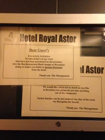 Royal Astor Hotel : xenophobic notices?