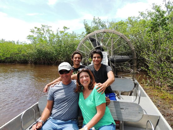 Jungle Erv's Everglades Airboat Tours : Our family