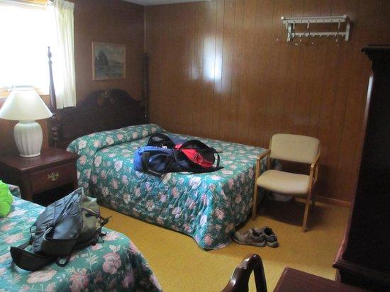 Buccaneer Motel: Carpet was gross