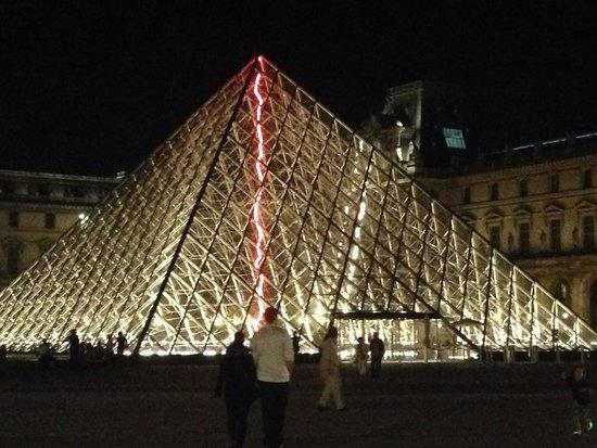 Paris by Martin & Friends: Louvre