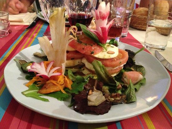 "Lou Pebre D'Ai: ""Mille-feuilles mozzarella pesto tomates"""