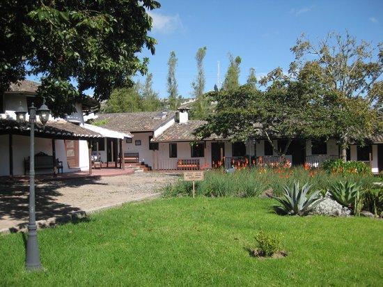 Hacienda- Hosteria Chorlavi : Bangalows de apartamentos