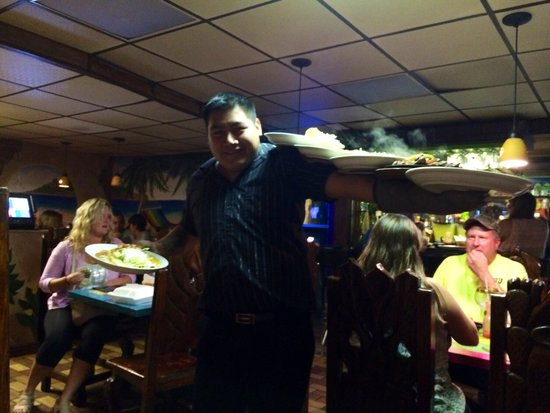 Jose's Authentic Mexican Restaurant: 6 dinners coming right up!