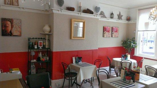 Cafe L'etage: Main dining room